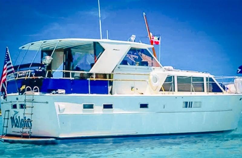 Unique yacht Airbnb