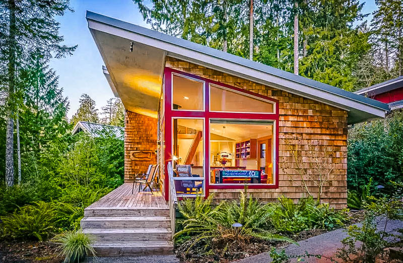 One of the coolest Airbnbs in Washington State.