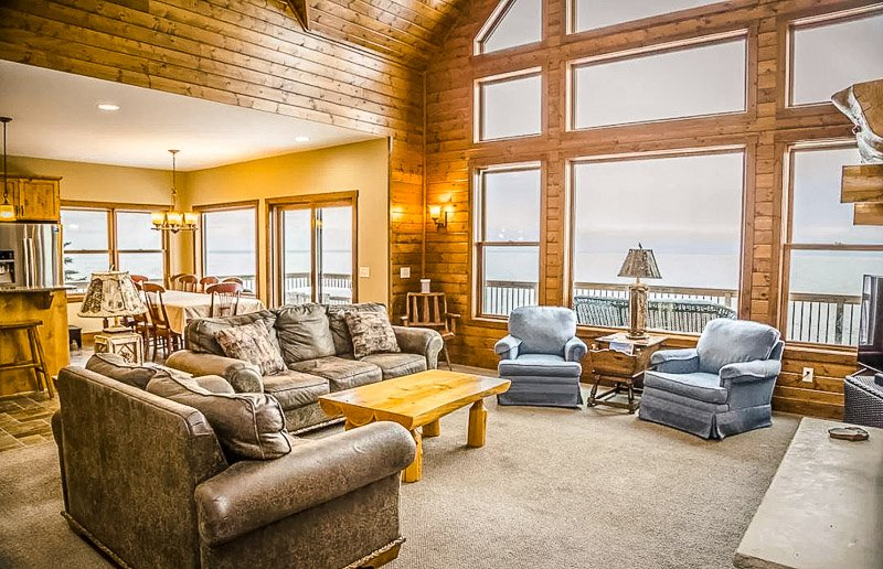 A beautiful lake house vacation rental in the Midwest.