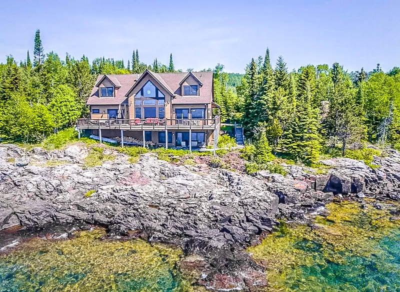 Lake house Airbnb in Minnesota