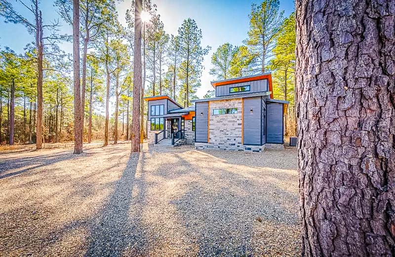 A beautiful bungalow for rent in Broken Bow, Oklahoma