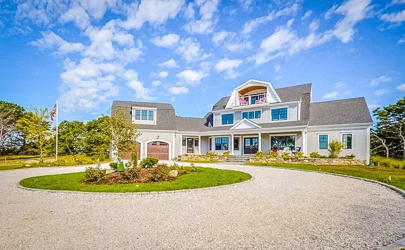 This home in Dennis is one of the best Airbnbs in Cape Cod.