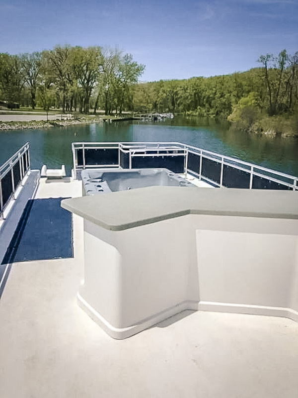 A houseboat rental in the Finger Lakes NY like no other.