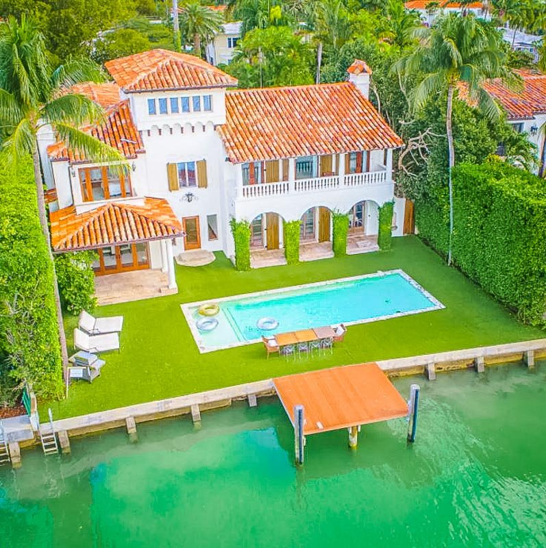 One of the most luxurious Airbnb mansions in all of Miami.