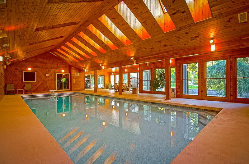 Luxurious Airbnb estate with indoor pools