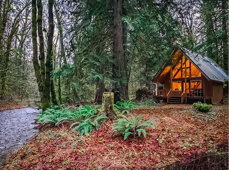 Beautiful A-Frame Cabin with cozy amenities