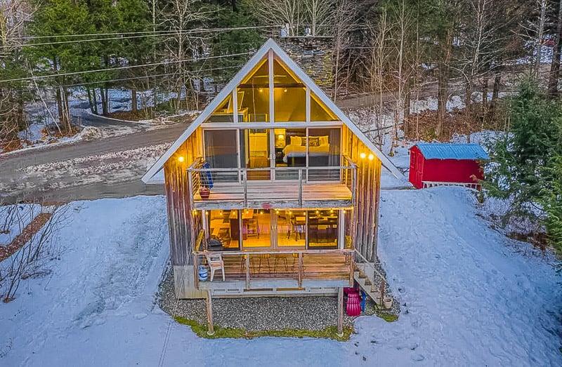 A quintessential Vermont ski chalet for rent