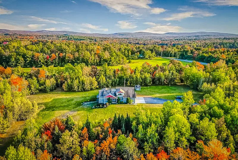 Massive property in the middle of the woods
