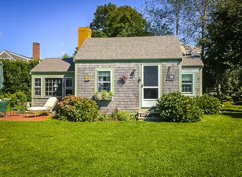 A classic Cape Cottage for rent in Chatham, MA.