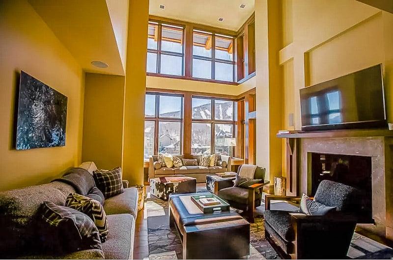 Luxury rental in Stowe near the ski slopes.