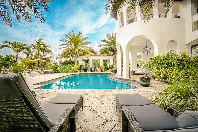 Unique Miami house rental with pool