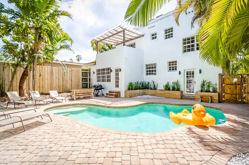 Luxury villa rental in Miami with a pool.