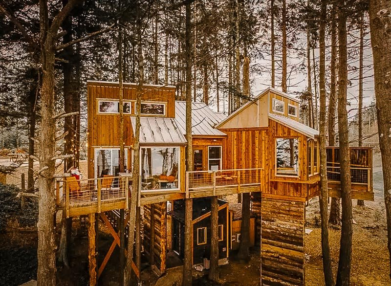 One of the coolest Airbnb treehouse rentals imaginable.