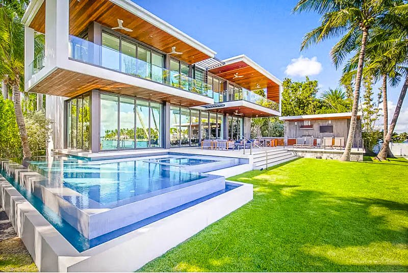 This vacation rental is one of the most luxurious Airbnbs in Miami
