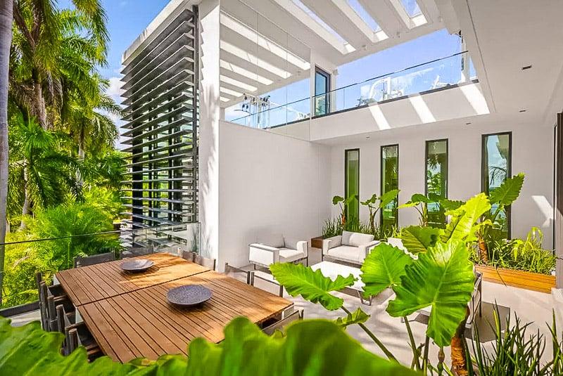 Beautiful outdoor sitting area