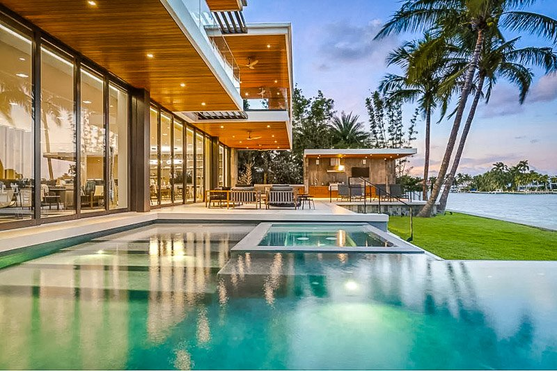 This Airbnb in Miami offers an infinity pool with views of the water.