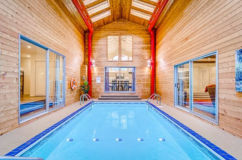 Luxury vacation rental in the Poconos with a private pool