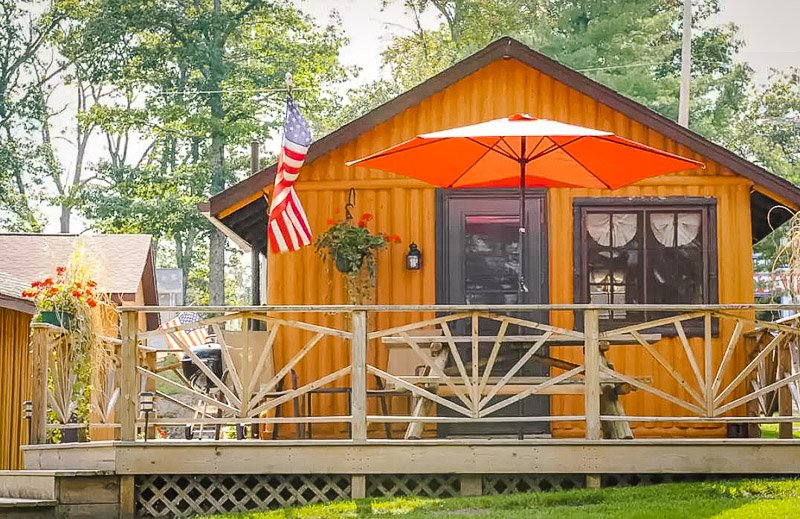 A budget-friendly cabin for rent in the Midwest