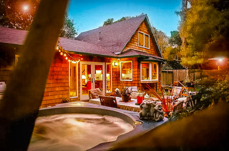 Romantic Airbnb near Muir Woods.