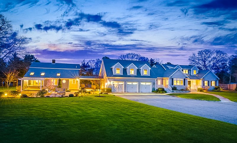 The quintessential Cape Cod home and vacation rental.