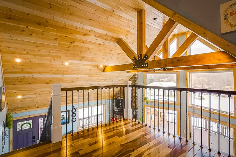 Elegant wooden decor