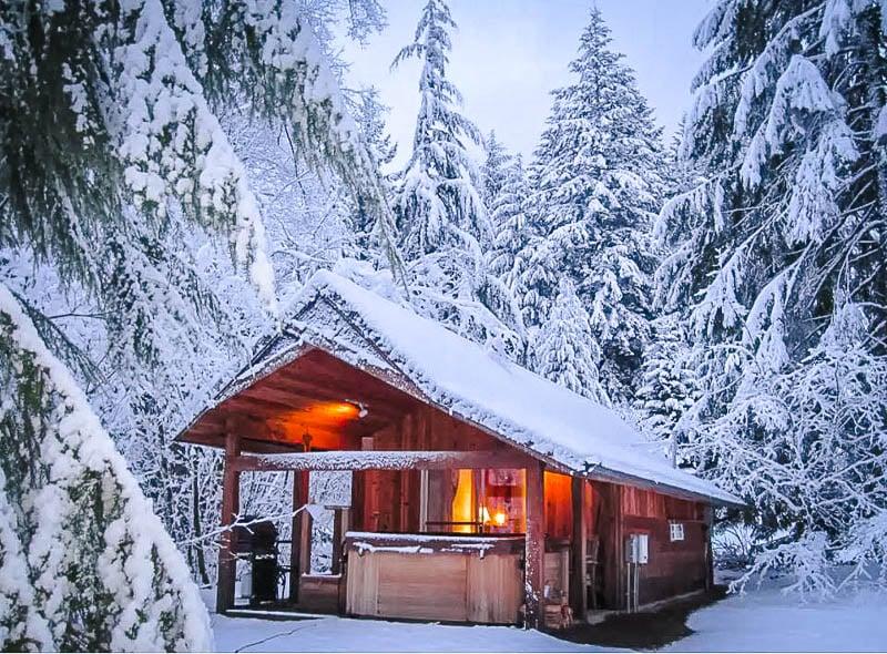 Cozy Mt. Rainier cabin rental.