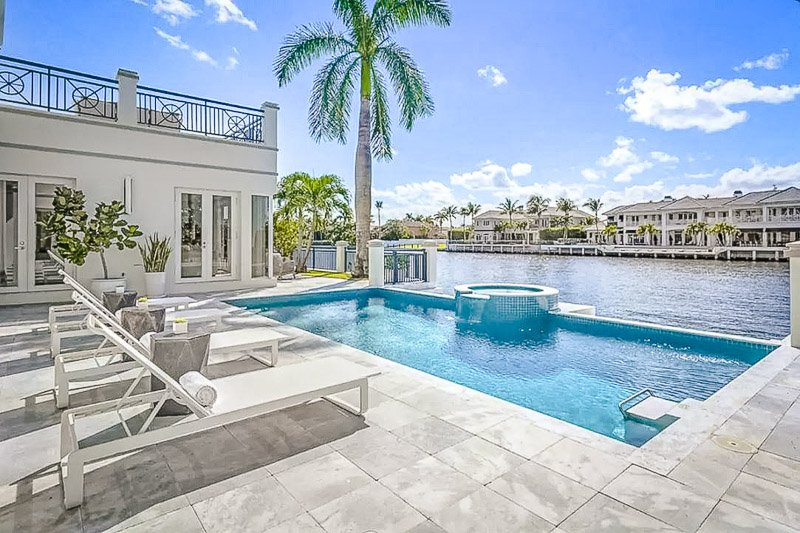 Views of the pool area and Coral Gables, FL
