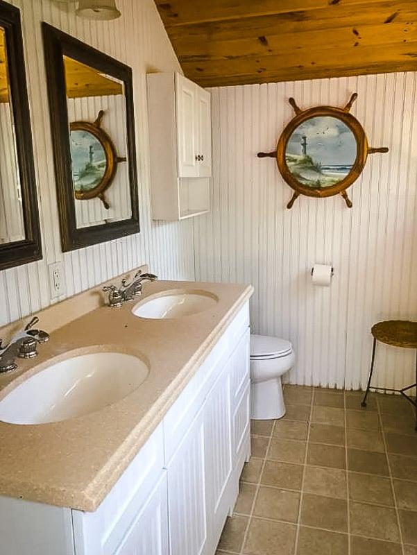 Interior design resembles a classic Cape Cod home