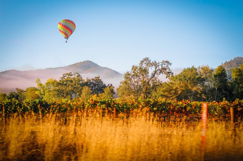 Ride on a hot air balloon in Napa Valley