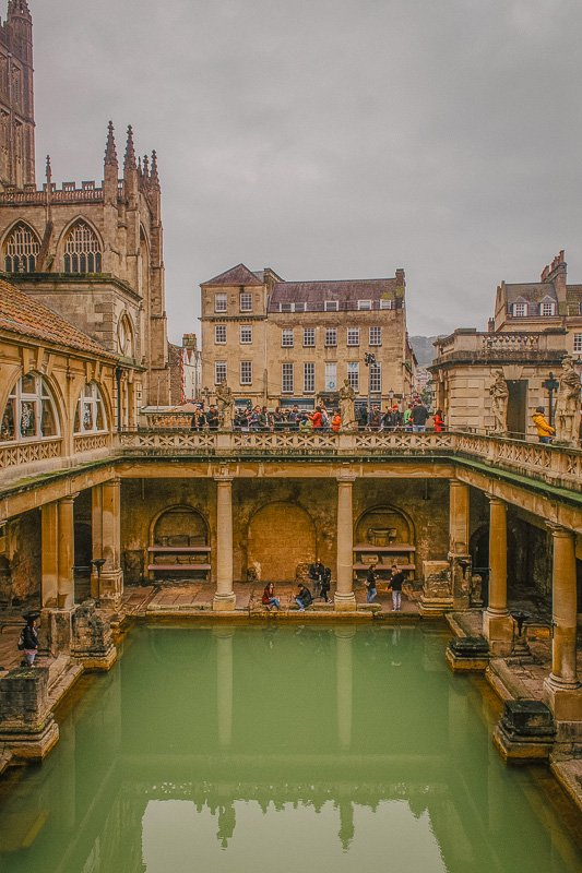 The Roman Baths are among the most Instagrammable places in England, especially if you enjoy history