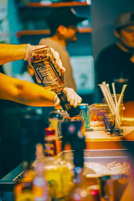 Traveling bartender jobs around the world
