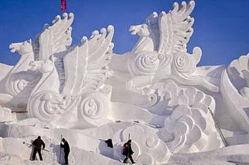 The U.S. Snow Sculpting Championship on Lake Geneva, WI
