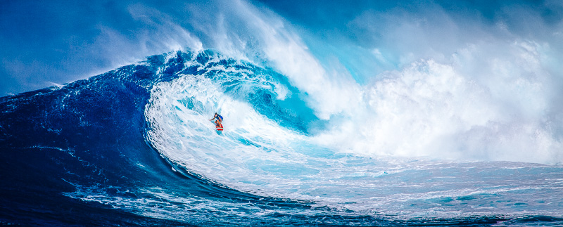 Watching surfing is one of the top things to do in O'ahu, Hawaii.