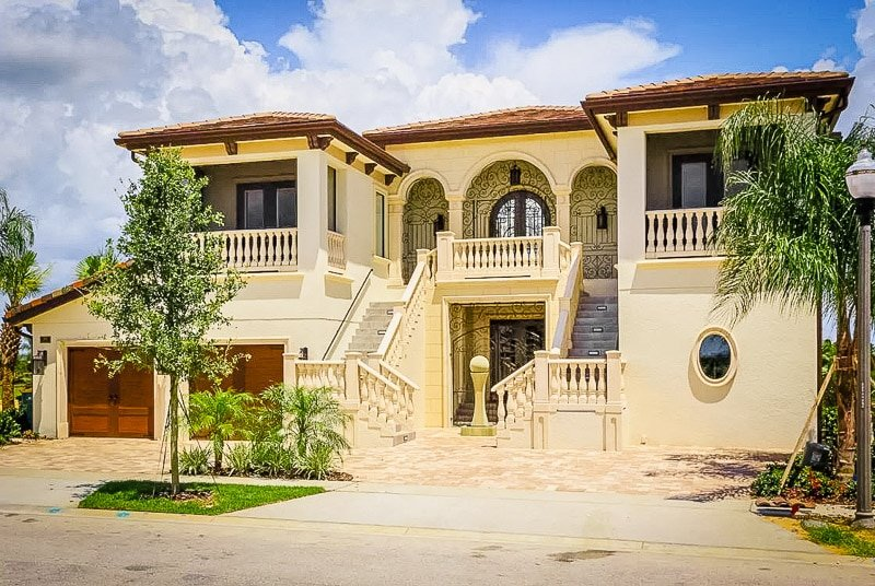 Luxury Airbnb mansion rental in Florida