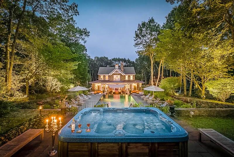 Long Island mansion rental.