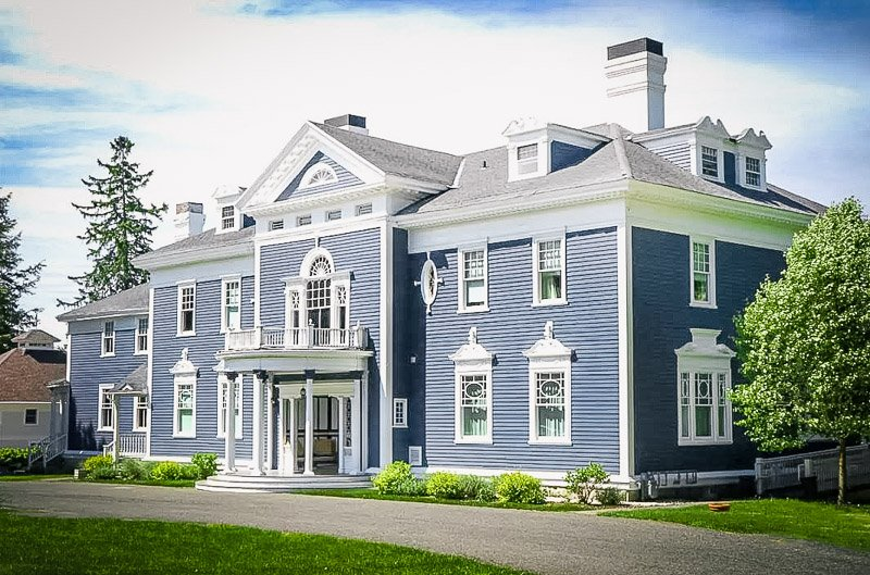 A unique Airbnb mansion in the Berkshires region of Western MA