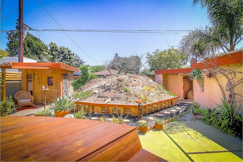 One of the top cheap hobbit homes for rent in California