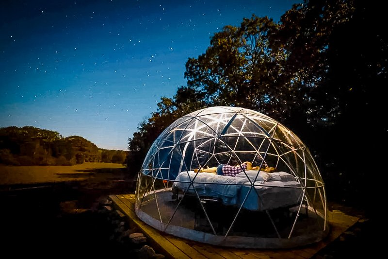Unique dome house rental in the middle of nature in New England