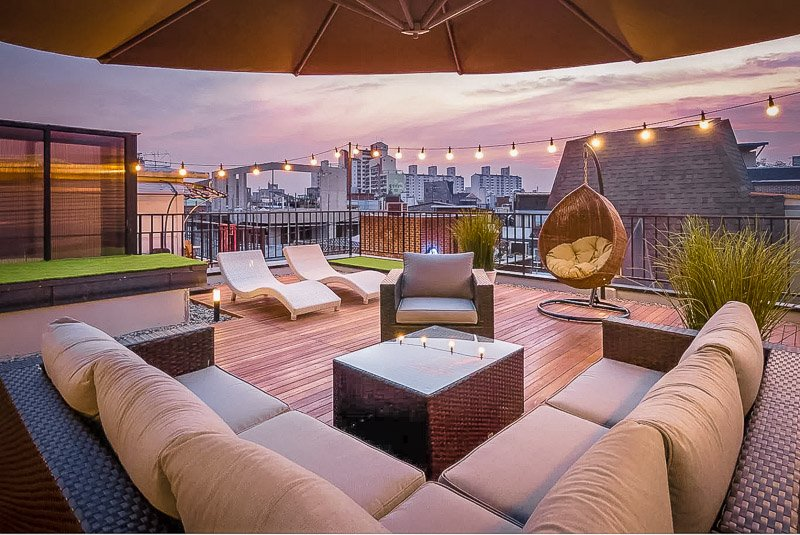 A spectacular rooftop Airbnb condo to rent in Seoul, South Korea