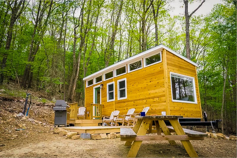 Custom-built tiny home for rent in West Virginia