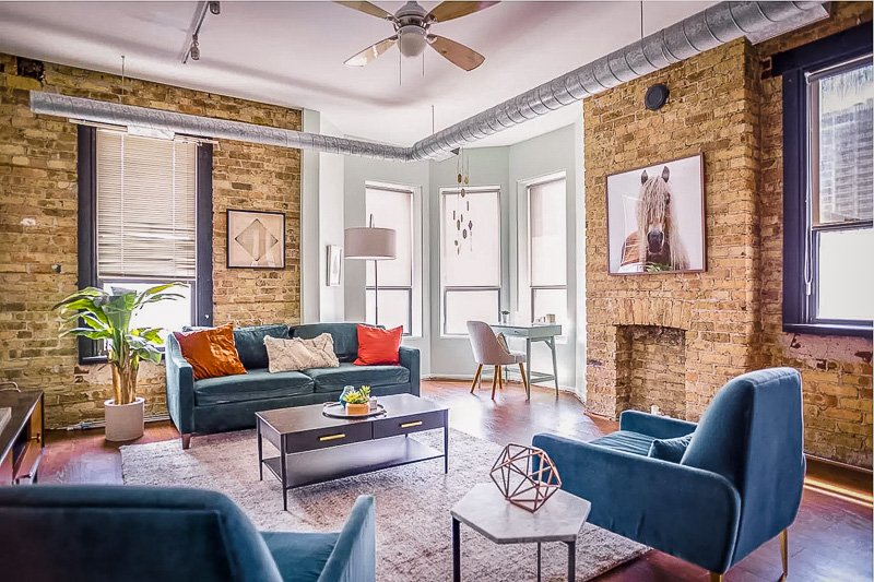A condo penthouse for rent in the heart of Chicago