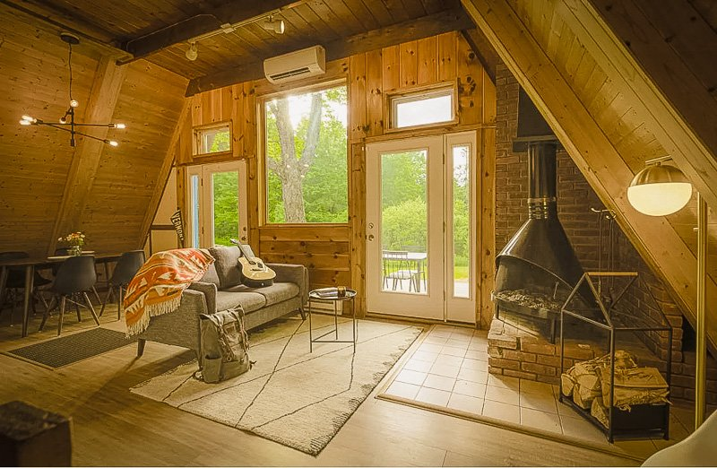 This home in Vermont is among the top cabins for rent in New England