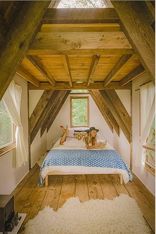 Cozy and rustic interior décor