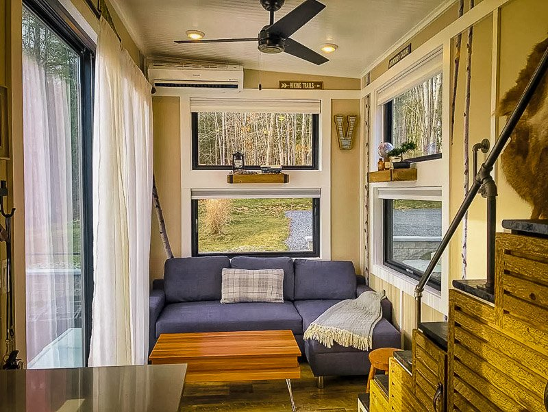 Cozy tiny house amenities and fixtures