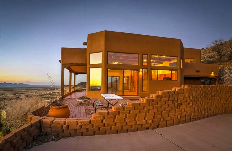 A luxury home for rent in New Mexico with breathtaking views