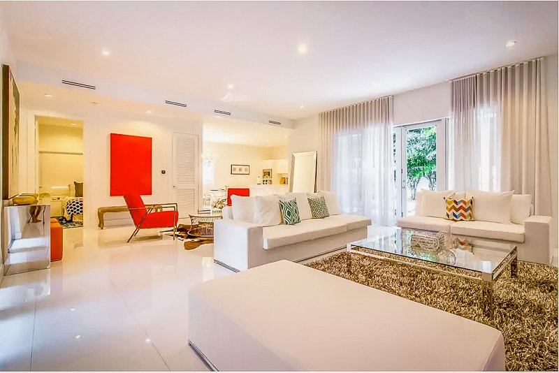 Gorgeous interior living space