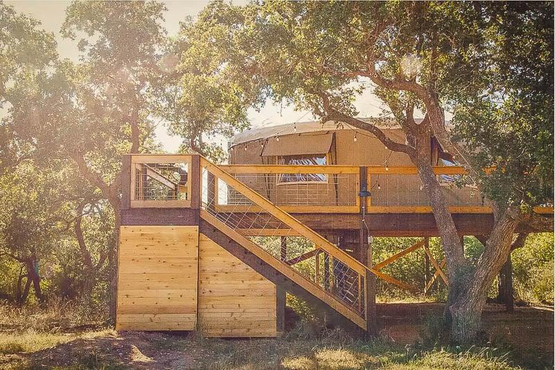 Outdoor views of the yurt