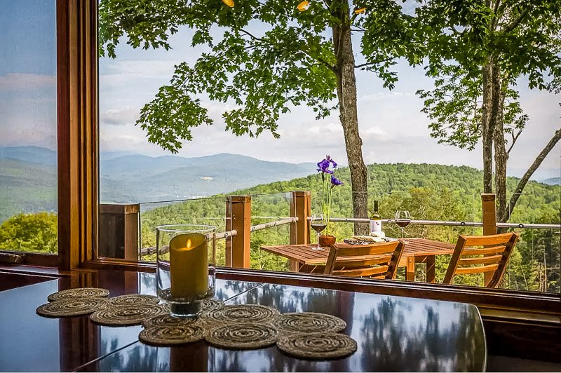 Outdoor seating area with mountain views