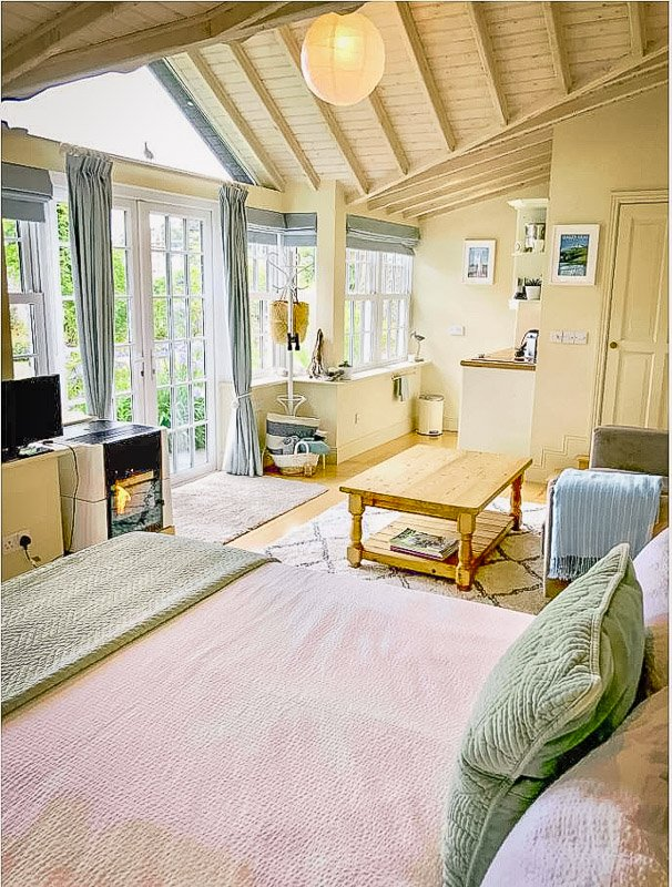 Cozy bedroom and kitchenette