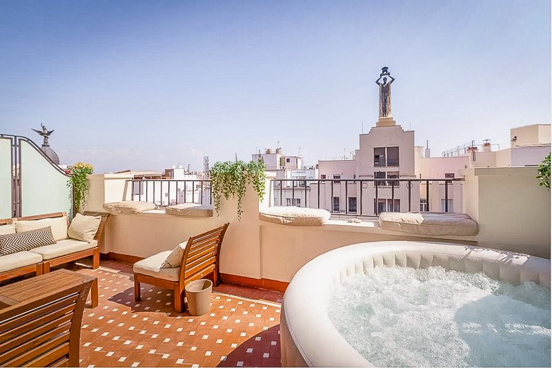 A luxury penthouse for rent in Madrid, Spain